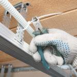 Прокладка кабеля в гипсокартоне монтаж электропроводки под гипсокартон как сделать проводку под гипсокартоном