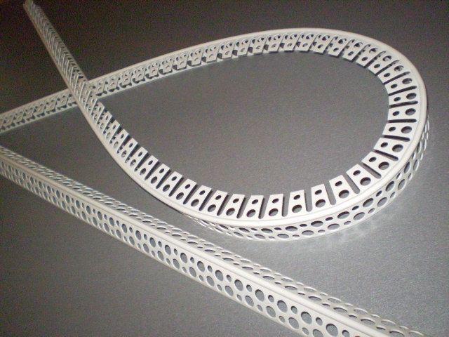 plastikovyy-ugolok-dlya-arochnyh-konstruktsiy